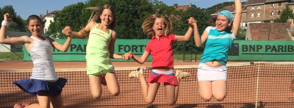 <br>Son école de tennis